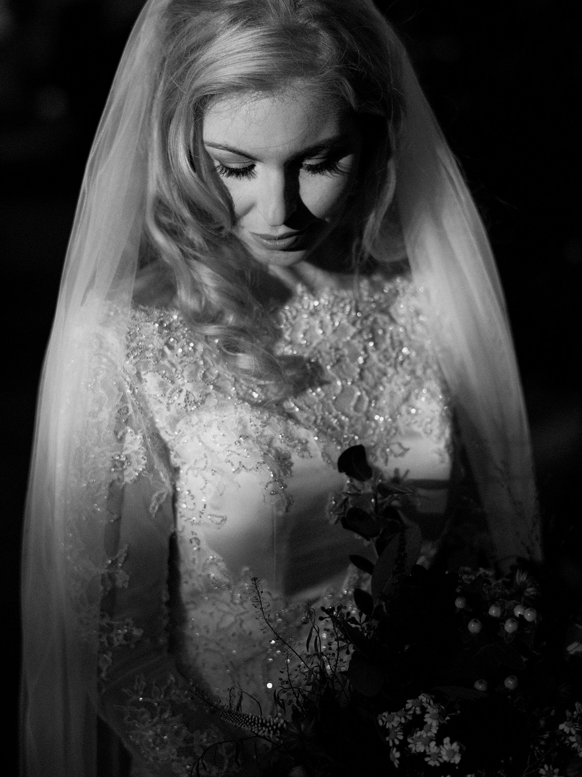 alternative wedding photography ireland bride larchfield estate