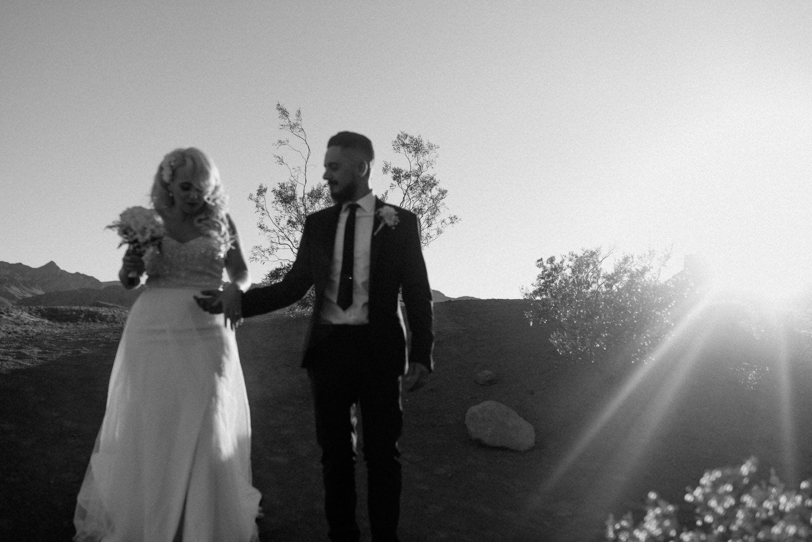 creative las vegas elopement photographer valley of fire state park