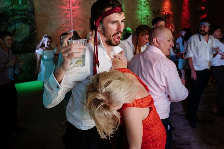 crazy wedding dance floor guests documentary wedding photographer Borgo di Tragliata